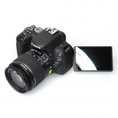 Canon EOS 200D 9