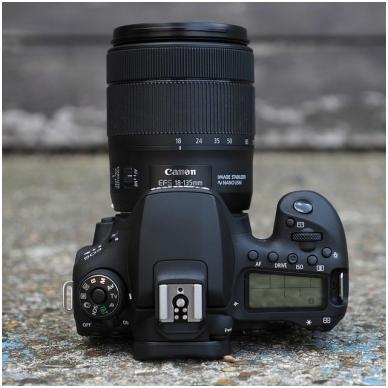 Canon EOS 90D 5
