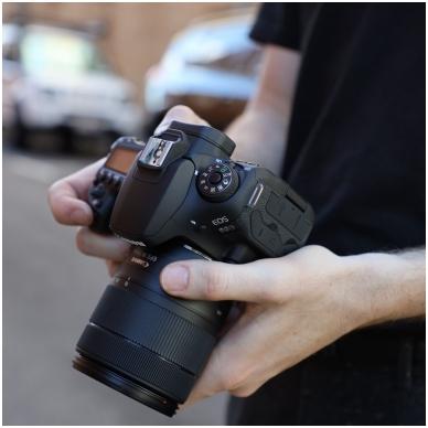 Canon EOS 90D 6