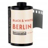 Lomography LomoChrome B&W Berlin Kino 400 135/36