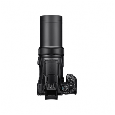 Nikon Coolpix P1000 9