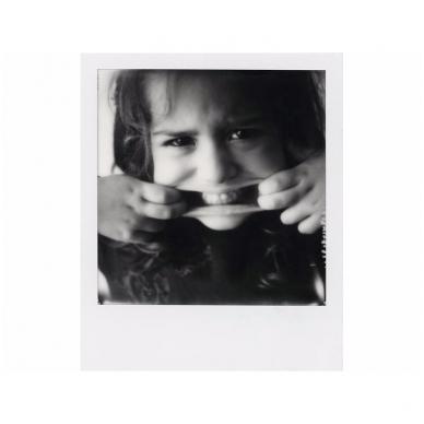 Polaroid Originals SX-70 B&W momentinės plokštelės baltu rėmeliu 4