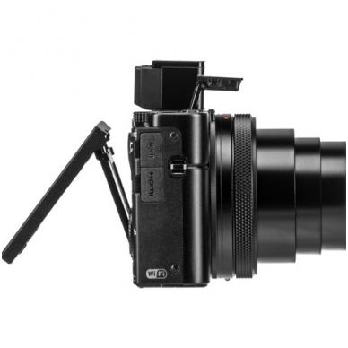 Sony Cyber-shot DSC-RX100 VI 10