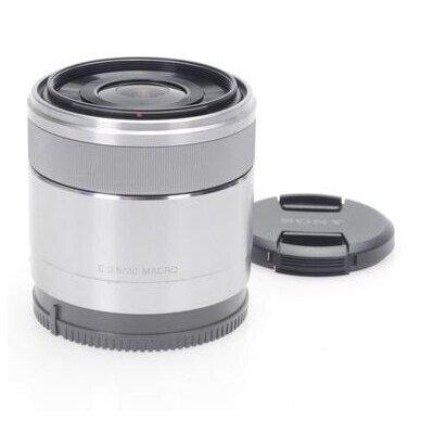 Sony E 30mm f3.5 Macro 3