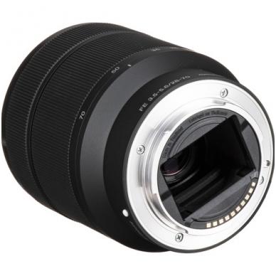 Sony FE 28-70mm f3.5-5.6 OSS 4