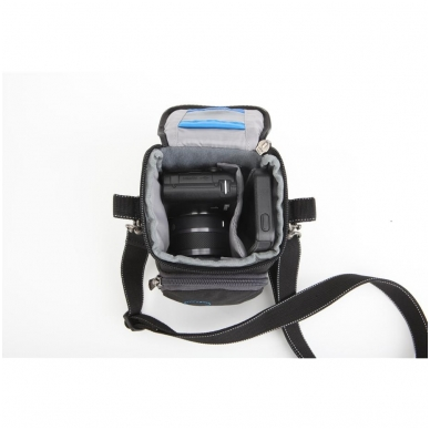 Think Tank Mirrorless Mover 5 4