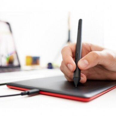Wacom Graphics Tablet One by Wacom Small (CTL-472-N) 3